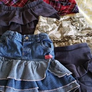 Lot of 8 - Little girls skirts size 6/8 are 4T